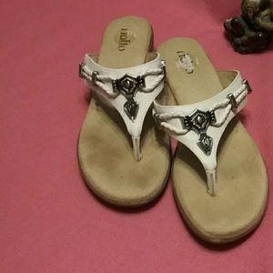 Rialto ladies flip fiops